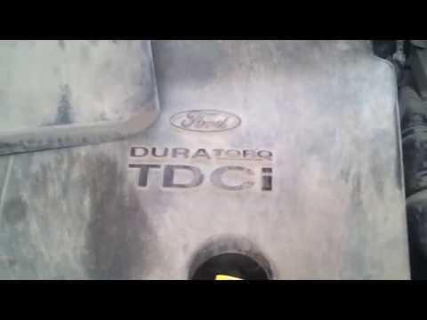 Ford focus 2 снятие аккумулятора