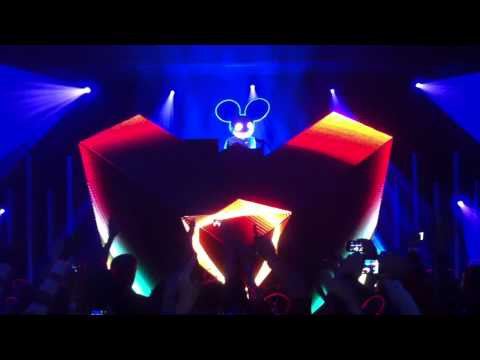 Deadmau5 Live @ MUCH - Raise Your Weapon [HD] Toronto January 4 2011
