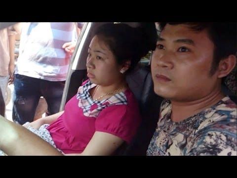 Người dân ở Hà Nội vây bắt cặp đôi đi ô tô trộm thẻ điện thoại