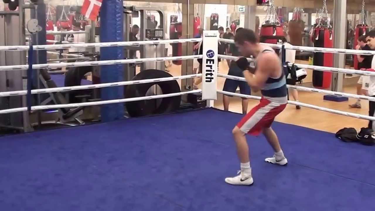 Round ass video stream