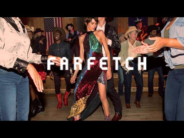 #GiveItLiveIt: Gift Glitz and Dance the Night Away | Farfetch