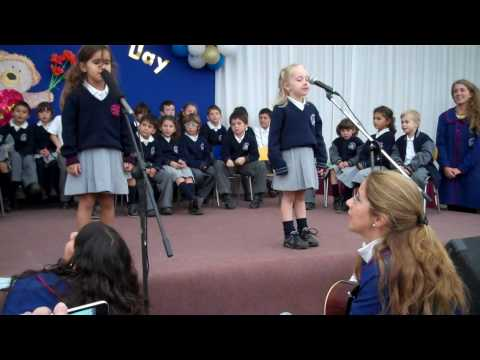 """Linn Helen (5 years) and her classmates sings """"Sweetly Sings The Donkey"""""""