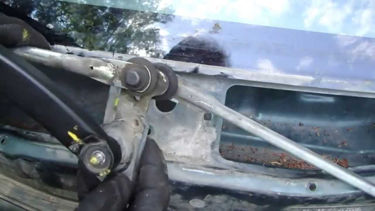 how to replace windshield wipers motor toyota corolla