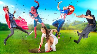 Superhero Weddings / 15 Funny and Awkward Moments