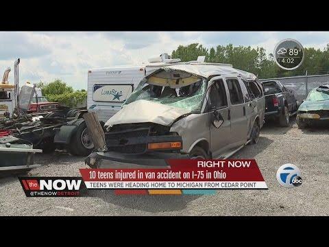 10 teens injured in van accident on I-75 in Ohio - YouTube