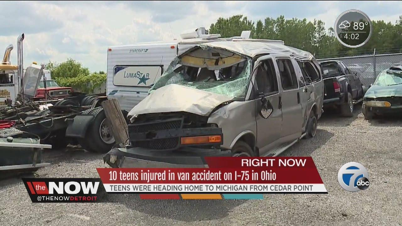 10 teens injured in van accident on I-75 in Ohio