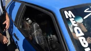 видео Установка автомагнитолы, автозвука в Твери