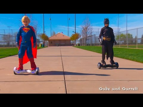 AlienWheels Hoverboard and Segway Challenge Race!  Batman vs Superman, AlienBoard Batwings and B1!