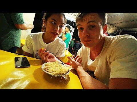 Jakarta's Amazing Street Food / Indonesia Vlog