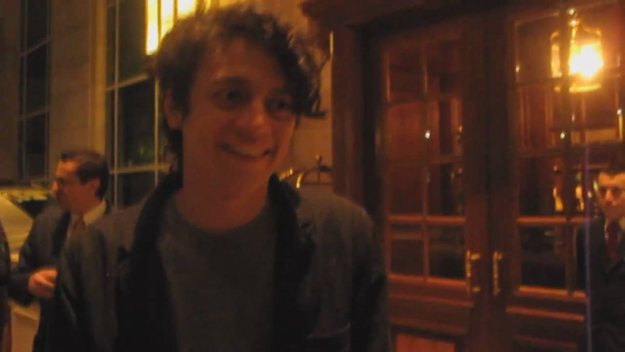 arin ilejay new drummer from avenged sevenfold a7x meeting fans in santiago chile 2011 youtube. Black Bedroom Furniture Sets. Home Design Ideas