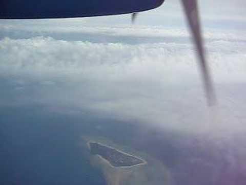 与那国島へ!久しぶりのプロペラ機。