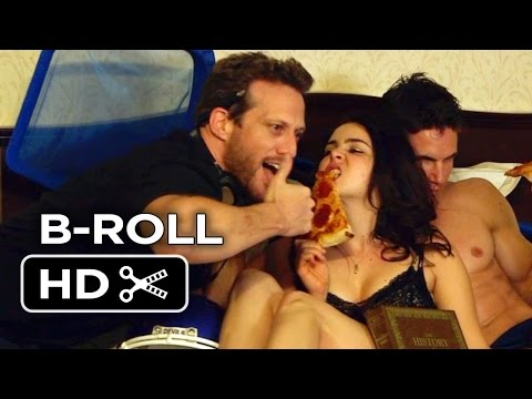 The DUFF B-ROLL 2 (2015) - Mae Whitman, Robbie Amell Movie HD