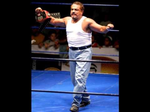 Pierroth Jr. Pierroth Jr CMLL THEME Suavemente YouTube