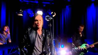 Moto boy - Too young to know (Live @ Nyhetsmorgon)