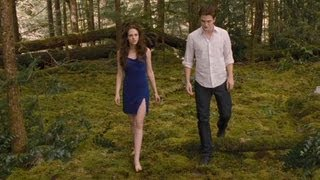 twilight breaking dawn part 2 clip keep your distance