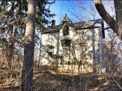 Urbex Exploring Gothic Revival Style Abandoned Farm House