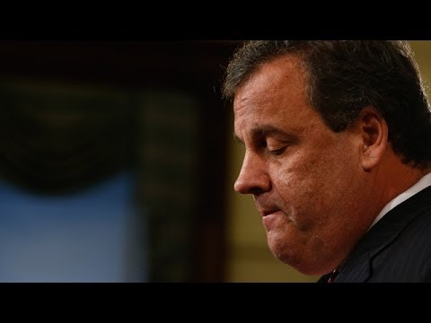 Chris Christie issues apology over bridge closure scandal