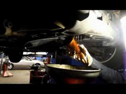 OIL CHANGE AND FILTER 2005 TRAILBLAZER - YouTube
