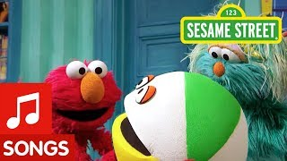 Sesame Street: Elmo and Rosita Teach How to Play Inside!
