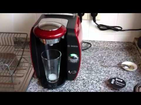 Tassimo Coffee Maker Demo : Bosch Tassimo T42 - YouTube