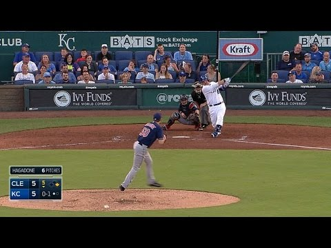Butler gives Royals the lead on two-run shot