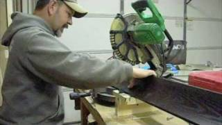 How To: A Mitersaw Jig 4 Crown Moulding.
