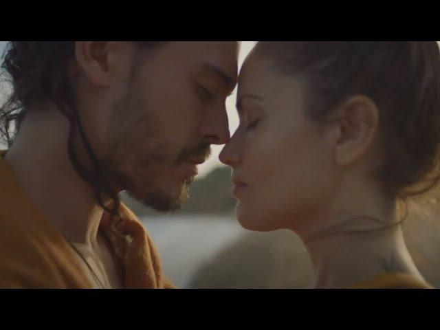 Flo Delavega - Nous Deux (Clip Officiel)