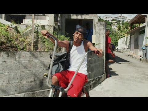Youtube: Tiitof – Toujours Dans Le Bloc (Clip Officiel)