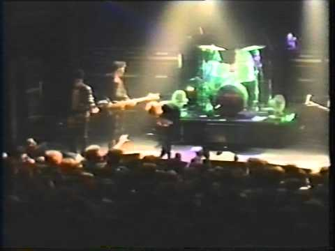 The Jesus & Marychain Live ULU 29/04/88