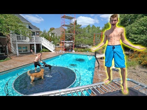 Thumbnail: WE MADE AN UNDERWATER TRAMPOLINE PARK!!