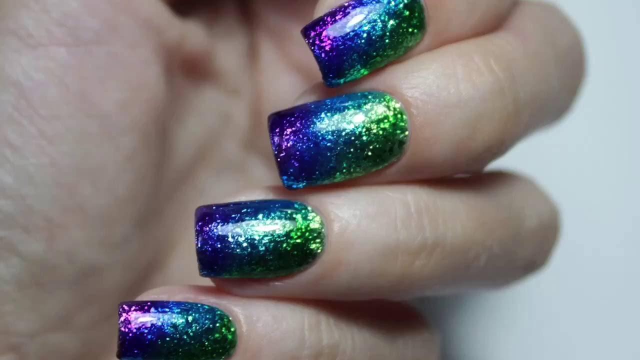 Дизайн на ногтях хлопья