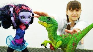 Джейн Монстр Хай попала в прошлое - Видео для девочек