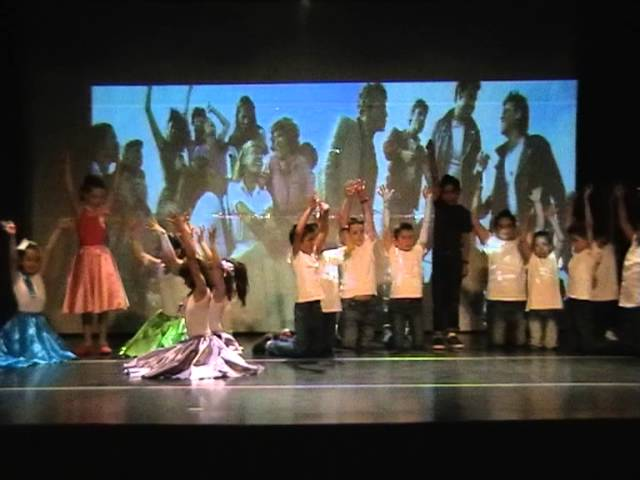 Grease Smart Movie. Semana del teatro infantil. Travel Video