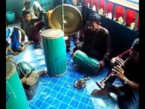 Gandrang bulo tradisi Makassar