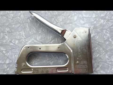 How to load reload Stanley TRA 700 staple gun easy quick