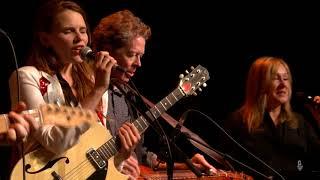 eTown Finale with Marty Stuart & Cassandra Jenkins - Tonight The Bottle Let Me Down