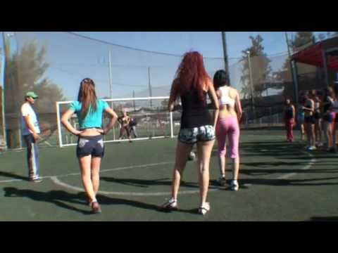 Aventurate Sport Chicas Sexys Juegan Futbol Youtube