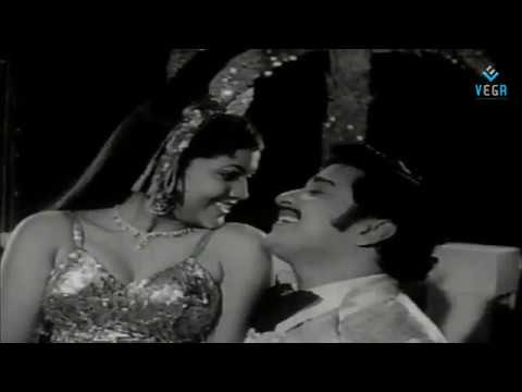 Oru Kadhal Devathai - Saidhadamma Saidhadu 1977 Tamil Movie