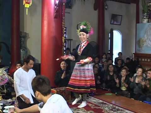 Mộc ân thanh đồng Phạm Thị Bích Liên hầu tại cô Chí Mìu p10