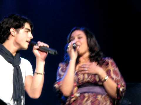 Jonas Brothers / Jordin Sparks - Superstition - No Air 1/4/09