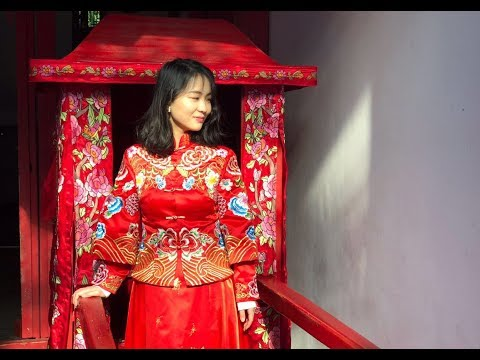 LIVE: Exploring the unique Chinese wedding traditions in the river town of Wuzhen