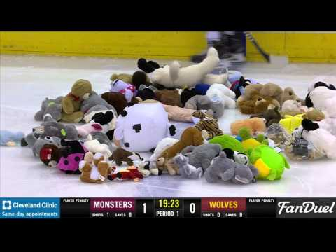 Lake Erie Monsters Chuck-a-Bear Night (12 11 15) | Cleveland