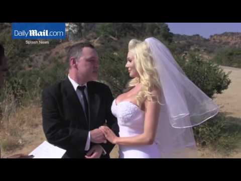 Courtney Stodden & Doug Hutchison renew their wedding vows5212016
