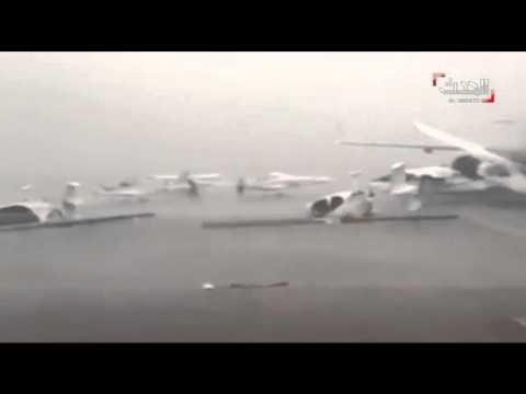 أبو ظبى تغرق فى مياه الأمطار و تلفيات كبيرة فى مطارها بسبب الرياح..فيديو و صور