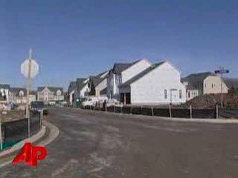 Housing Slump Hampers Construction Spending