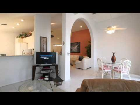 Splendid Living In Palm Isle/southwind Estates