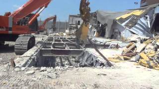 Richardson International Airport Terminal (Loading Scrap Steel) | Rakowski Cartage & Wrecking