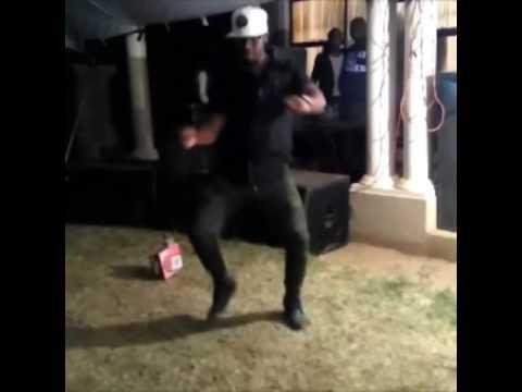 Fefe dance - Caiiro ulost
