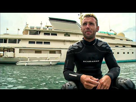 Port d'Antibes :  pêcheurs et milliardaires