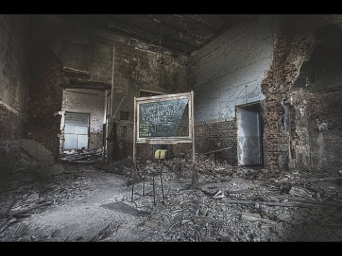 ABANDONED CREEPY SCHOOL - HAUNTED BY SUICIDAL GHOST